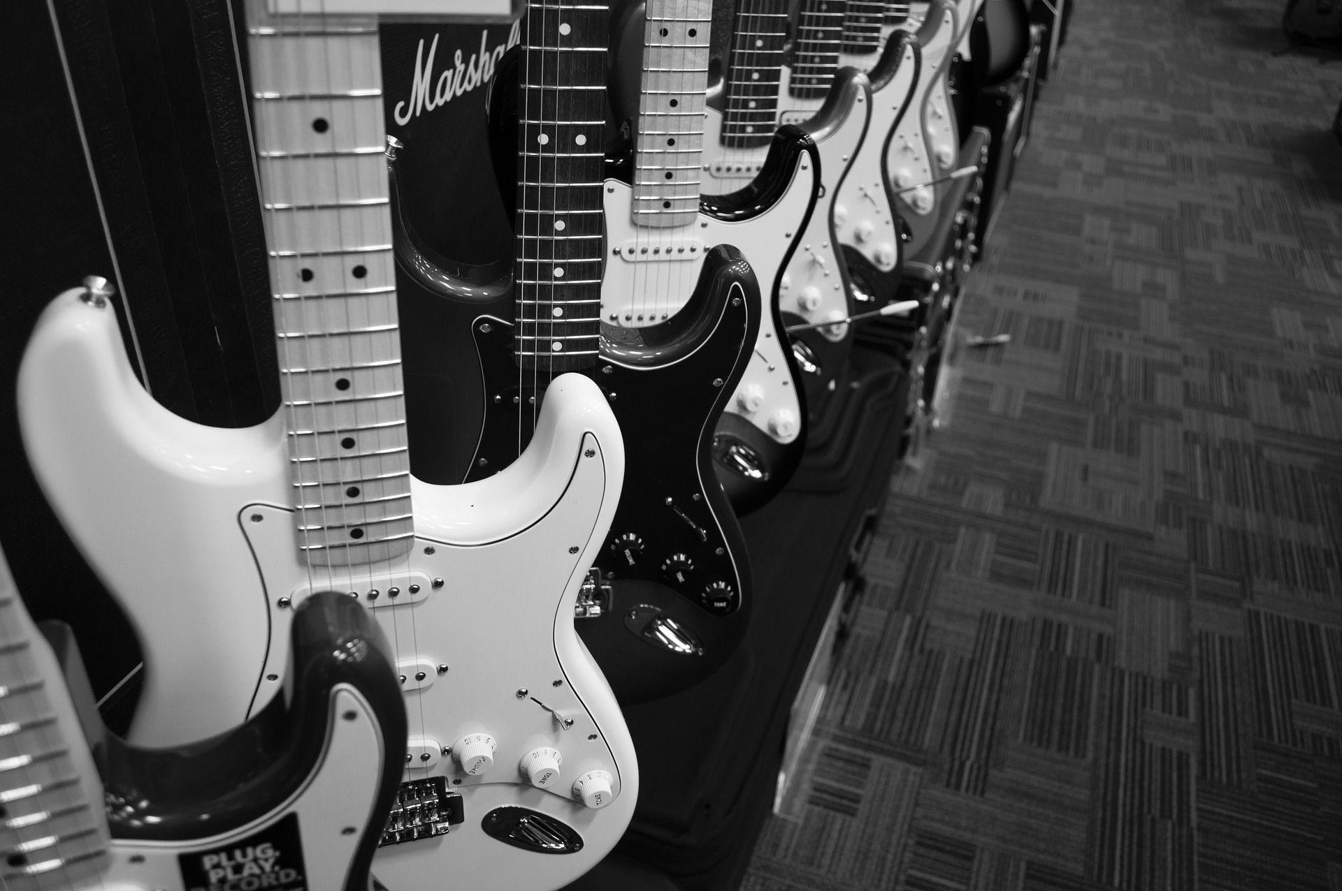 Dónde-puedo-comprar-mi-primer-guitarra