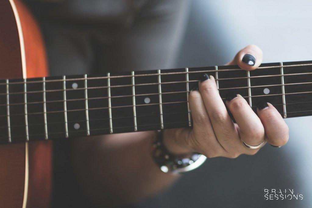 Aprende a sacar los principales efectos de tu guitarra